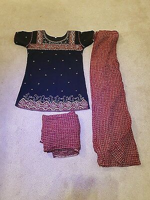 Asian Indian ladies 3 piece outfit  size small