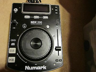 Numark NDX200 Professional Tabletop CD player with jog wheel