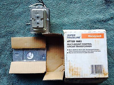 Honeywell AT72D 1683 Multi-Mount Control Circuit Transformer, New in Box