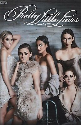 PRETTY LITTLE LIARS - A3 Poster (42 x 28 cm) - Shay Mitchell Lucy Hale Clippings