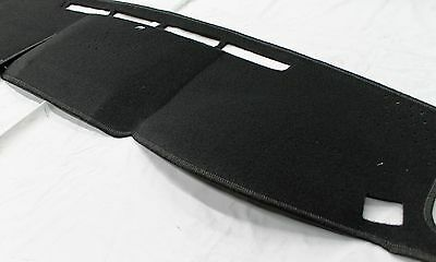 Toyota Landcruiser Dash Mat 200 Series From Oct 15> Black Suits Pass Airbag