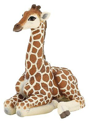 Resting Long Neck Giraffe Figurine Statue African Safari Animal Collection Decor