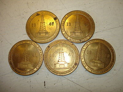 """Vintage 1940 """"story Of Petroleum"""" Tokens (5)   Golden State Int'l Exposition"""