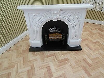 Dolls House Emporium Carved Stone Fireplace 12Th Scale