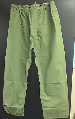 Canadian Army RAIN PANTS - 7638 (Large Long) OD Green