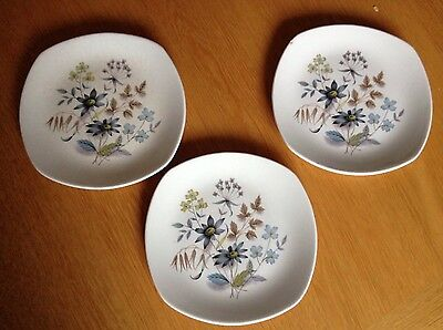 3 Midwinter Stylecraft Fashion Shape Tea plates