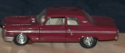1/24 SCALE VINTAGE 1964 FORD FAIRLANE THUNDERBOLT CAR by MAISTO -used