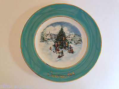 Enoch Wedgwood Avon 1978 Christmas Plate Series 6th Edition Trimming the Tree