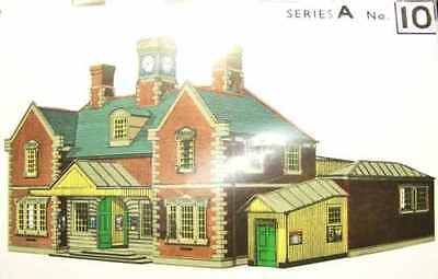 Brand New Oo/ho Scale/gauge Superquick Railway Terminus Station A10
