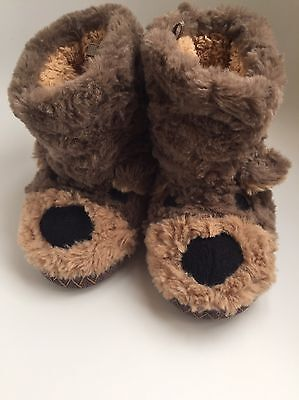 Kids Super Fluffy M&S Bear Slippers Size 7 - Nearly New!