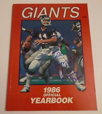 Phil Simms Ny Giants Signed Autographed 1986 Official Yearbook