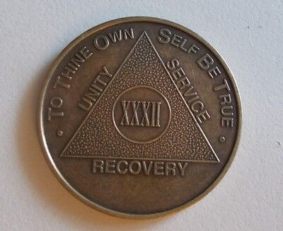aa alcoholics anonymous bronze 32 year recovery sobriety coin token medallion