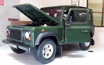 Land Rover Defender TD5/TDCI 90 Green Welly 1:24 Scale Diecast Detailed Model
