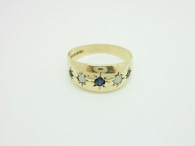 Gorgeous Vintage 1977 9ct Yellow Gold Sapphire & Opal Gypsy Band Ring Size O