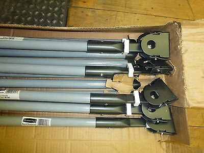 """Rubbermaid Seco Snap-On Dust Mop Handles 60"""" Lot of 12"""