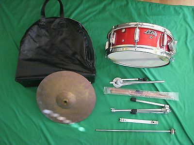 La BOZ 5 x 14 Snare drum with 14 inch cymbal with Stands and Original Case MIJ