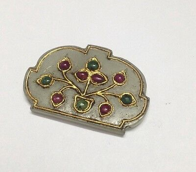 Vintage Gem-Set Pendent With Decorative Gold Kundan Wire Artwork