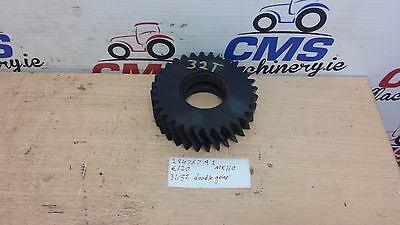 Case / International Double gear 31/32 teeth #284767a1