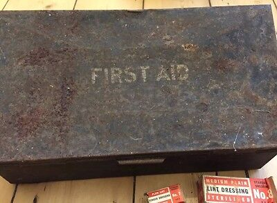 Vintage First Aid Tin & Contents (Lint Dressings etc...)