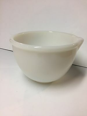 """Vintage Glass Milk Glass Opel Mixing Bowl Made for Sunbeam W/Pour Spout 6 1/2"""""""