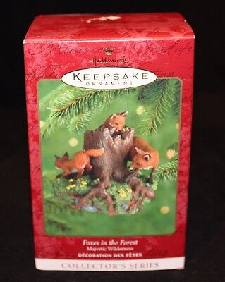 Hallmark Keepsake Ornament - Foxes in the Forest  Majestic Wilderness Collection