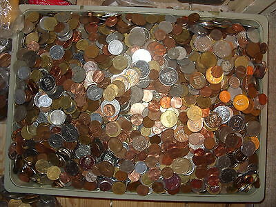 lot of 100  world mixed coins