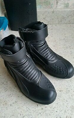 Spada Icon Waterproof Leather Short Motorcycle Boots - Black Euro 39