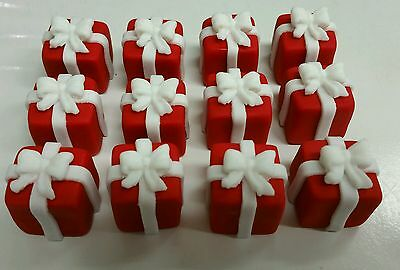 3D christmas present box - 12 edible red cupcakes topper - hand made