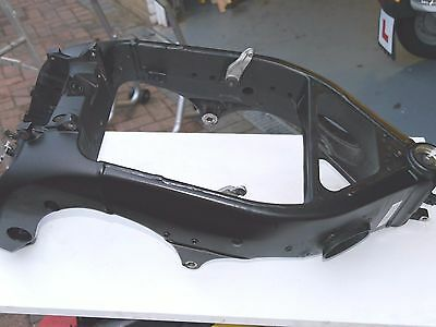 Genuine Yamaha R1  Yzf1000  04 05 06 Main Frame With V5 Excellent Condition