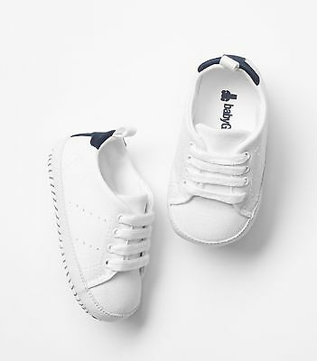 GAP Baby / Toddler Boy Size 18-24 Months White Lace-Up Tennis Shoes Sneakers