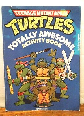 VINTAGE TEENAGE MUTANT NINJA TURTLES TOTALLY AWESOME ACTIVITY BOOK 1990 Greene