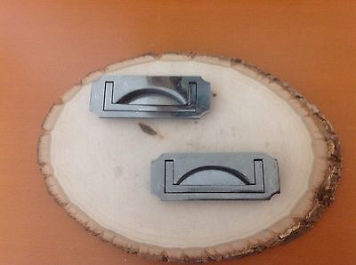 587 VTG Mission Drawer Pulls In Silver Grayish Tone Set Of 2 Recess Type