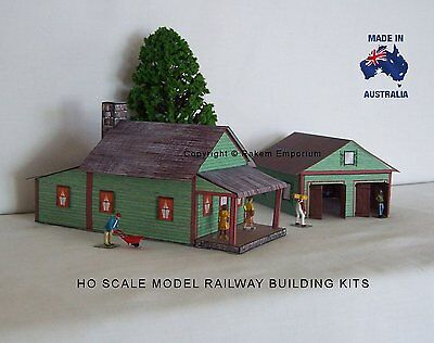 HO Scale Country House with 3D Garage, Model Railway Building Kit - REHG2