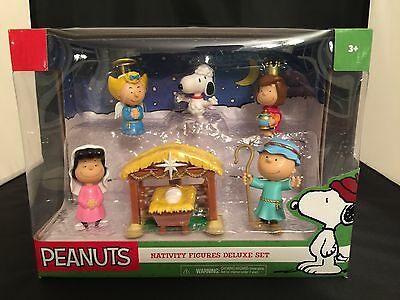 Peanuts Charlie Brown Snoopy Christmas Nativity Figure Deluxe Set Kids Gift