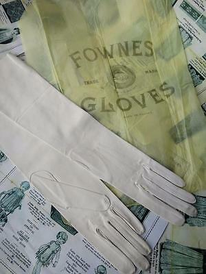 Lovely Unused Antique 'Fownes' Ladies Kid Gloves