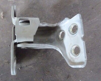 Ford Falcon AU Right Front Door Hinge suits upper and lower replacement