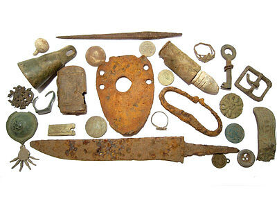 INTERESTING LOT of  BROAD VARIETY METAL DETECTOR FIND ANTIQUE BRONZE ARTIFACTS