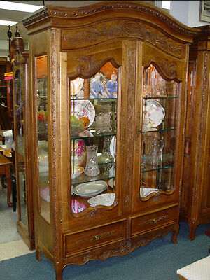 Walter E Smithe Country French Style Beveled Glass Curio