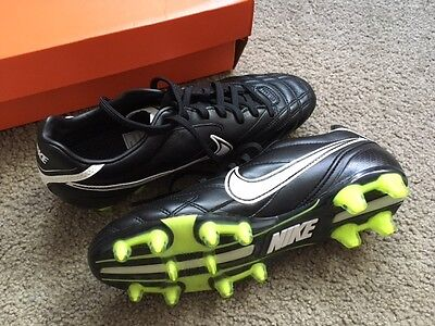 Nike Tiempo Classic FG lite soccer boots - mens size 8, never used