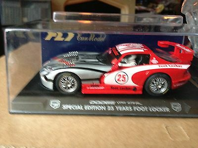 Fly Slot Car E82 Dodge Viper Gts-R Special Edition 25 Years Foot Locker