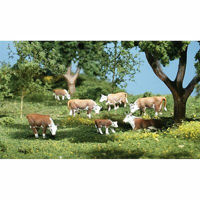 Painted Hereford Cows (OO/HO figures x 11) Woodland Scenics A1843 - free post