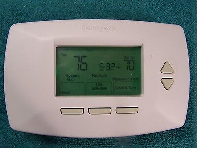 Honeywell RTH7500D1007 7day Programable Thermostat RTH7500