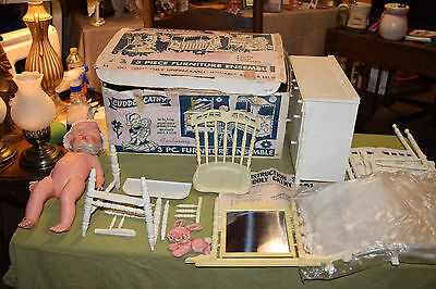 VTG Deluxe Reading DOLL FURNITURE Set DRESSER CANOPY CRIB & HIGHCHAIR w/ BOX