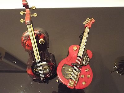 Pair of Musical Table Lighters.