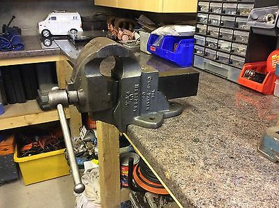 Vintage The Chas Parker Meriden Ct Co. USA No:953,1/2 Bench Vice, Fully Working!