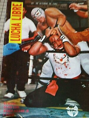 Vtg 80's 100%mexican Magazines Lucha Libre Westling Lot Of 30 Magazines.