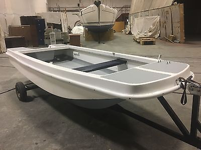 Dory fishing boat 4.1m, including trailer