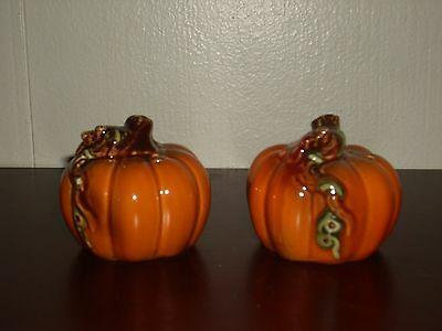 **New** Pumpkins W/Vines Salt & Pepper Shaker Set