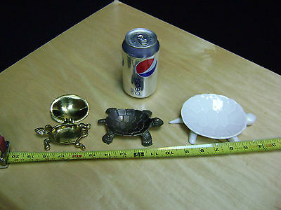 Lot of 3 Vintage Turtle dishes  ***LOOK***  (lot 3)