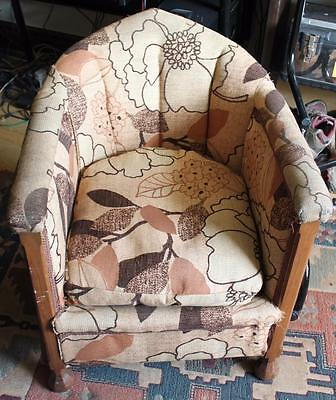 Vintage Tub Chair / Salon / Bedroom / Restoration Project /